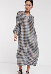 Selected Femme midi dress with v neck in textured check-Multi