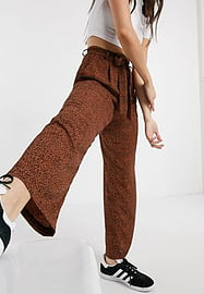 Brave Soul issey wide leg printed trousers with tie waist-Brown