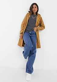b.Young hooded coat in tan-Brown