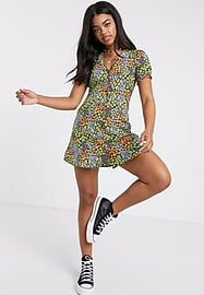 Influence tea dress in ditsy floral print-Multi