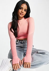 Love & Other Things gym seamless ombre knitted cropped top in peach ombre-Multi