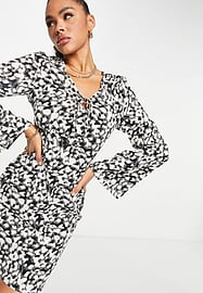 NaaNaa long sleeve plunge dress in black and white