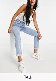 New Look Tall mom jeans in stonewash-Blue