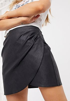 Abercrombie & Fitch faux leather button front mini in black