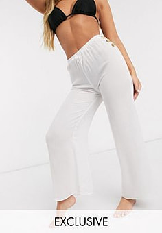 Akasa Exclusive beach trousers with side buttons in textured white