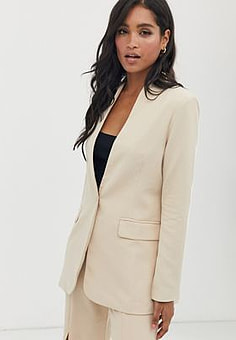 Amy Lynn collarless suit jacket-White