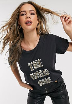 Blend She Genzo wild one slogan t-shirt-Black