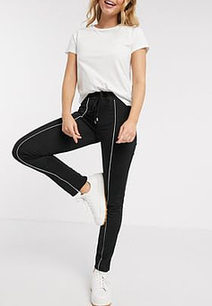 Brave Soul joggers with contrast piping in black