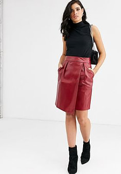 Closet  leather look mini skirt-Red