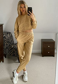 Influence jogger co-ord in camel-Tan