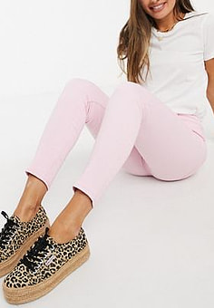 Levi's 721 High Rise Skinny Jeans in Light Pink