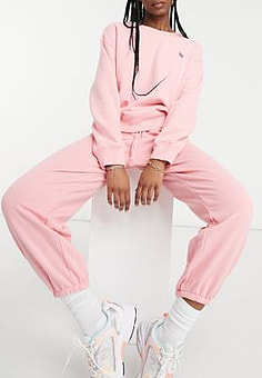 Levi's co-ord box tab logo joggers in pink