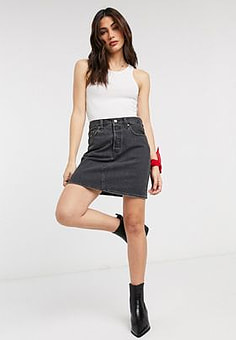 Levi's Icon high waisted denim skirt in washed black