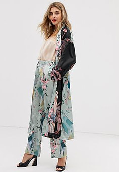 Liquorish wide leg trousers in bird print co ord-Multi