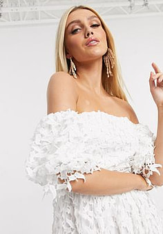 Love Triangle off shoulder prom dress with balloon sleeves in white