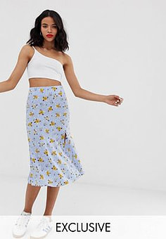 Monki prarie floral print midi skirt with side slit in blue