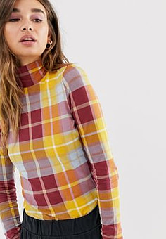 Monki roll neck jersey top in brown check