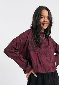 Native Youth rose print blouse in burgundy-Red