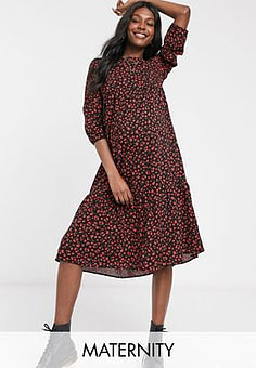 New Look tiered ditsy floral smock maxi dress in black