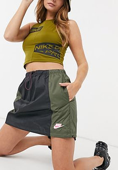 NIKE colour block utility skirt with drawcord in khaki and black-Green