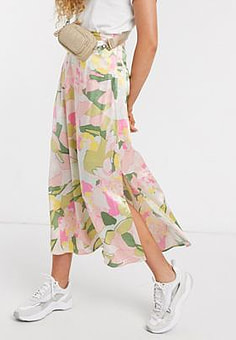Selected Femme midi skirt with side split in waterlily floral print-Multi