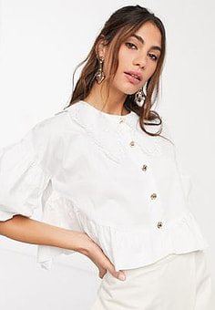 sister jane relaxed shirt with vintage lace collar and peplum hem-Cream