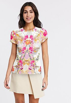 Ted Baker mileeyy samba fitted tee in ivory-Pink