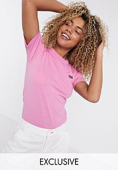 Vans Left Chest logo t-shirt in fuchsia pink Exclusive at ASOS