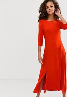 b.Young panelled midi dress with split-Red