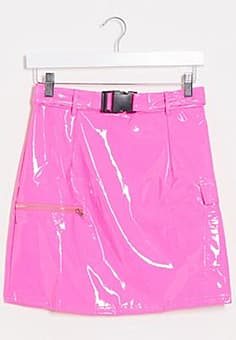 NaaNaa mini latex skirt with buckle belt in pink
