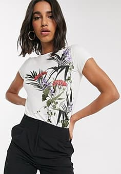 Ted Baker syrenti highland fitted t-shirt in white