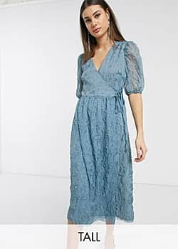 Glamorous midaxi wrap dress with volume sleeves in texture-Blue