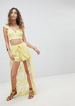 Kiss The Sky Tie Back Crop Top In Lace Co-Ord-Yellow
